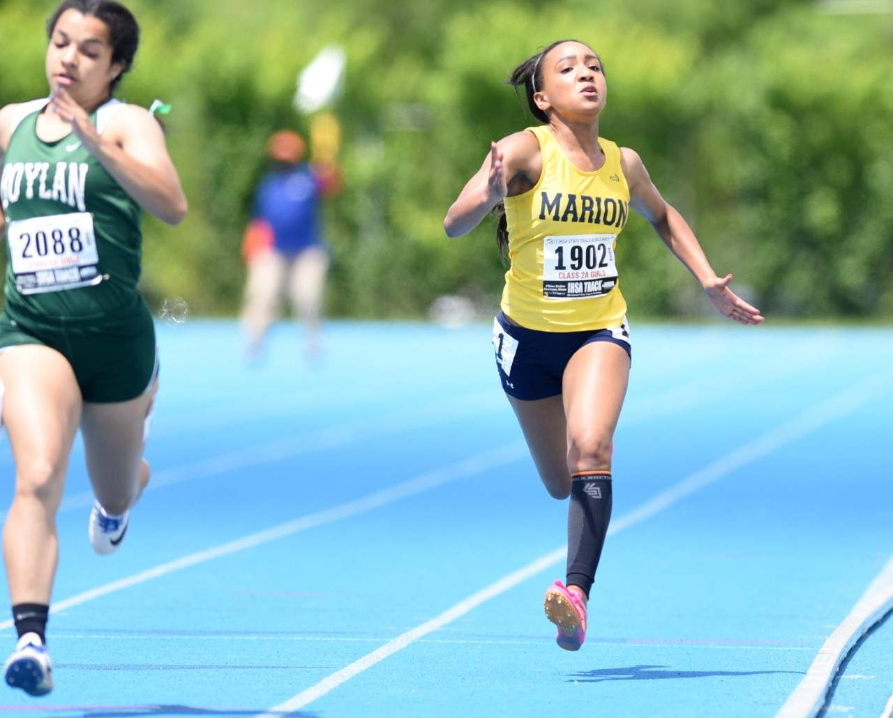 Marion junior Jaidyn Porter approaches the finish line in the 2A 200-meter prelims Friday at O'Brien Stadium.