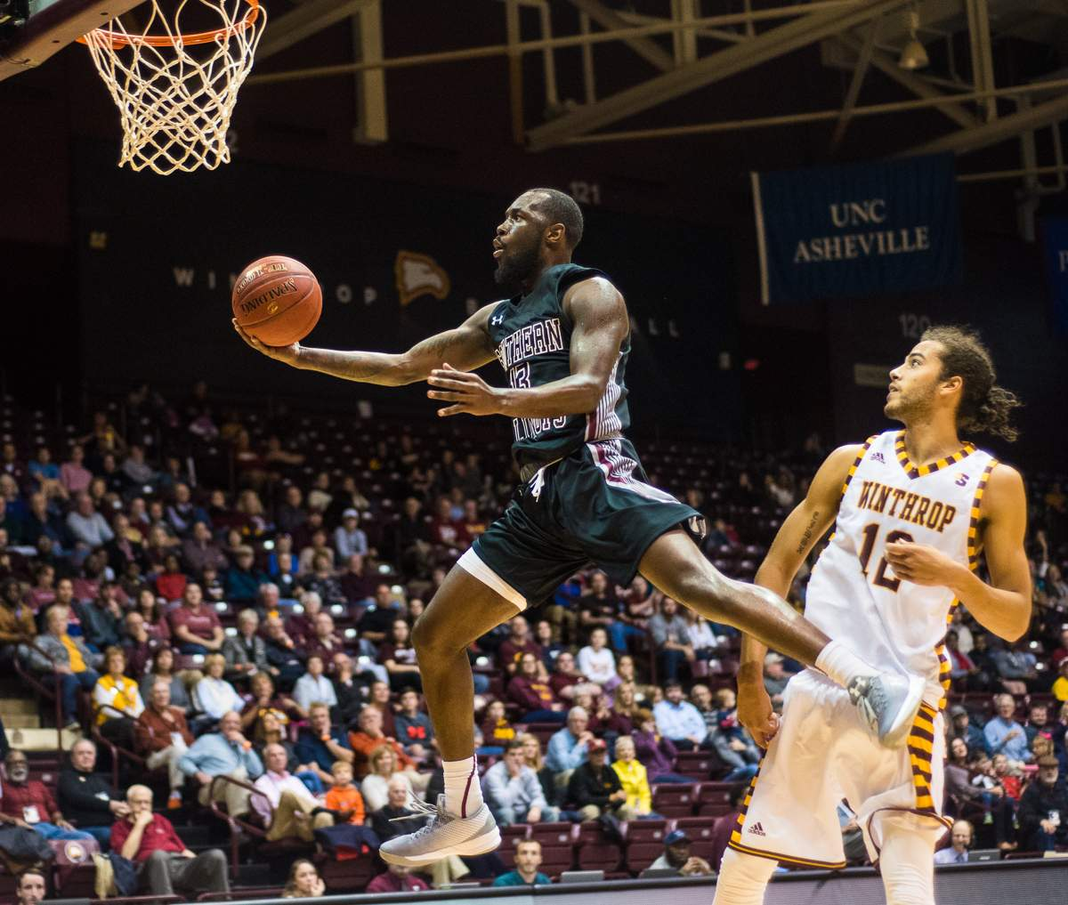 Off-season work pays dividends for Saluki guard Sean Lloyd