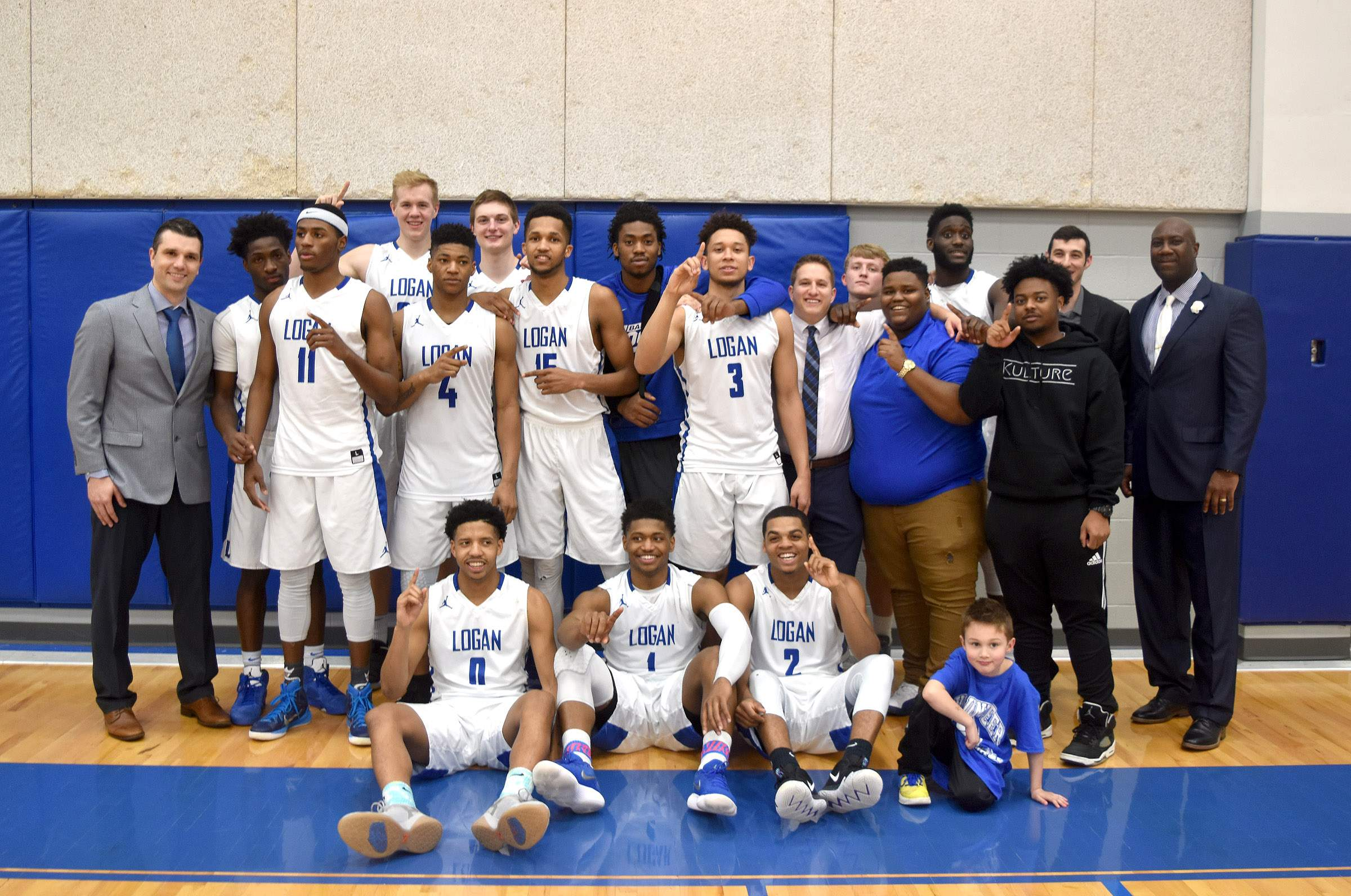 The 2017-18 Great Rivers Athletic Conference outright men's basketball champions, the John A. Logan College Volunteers.