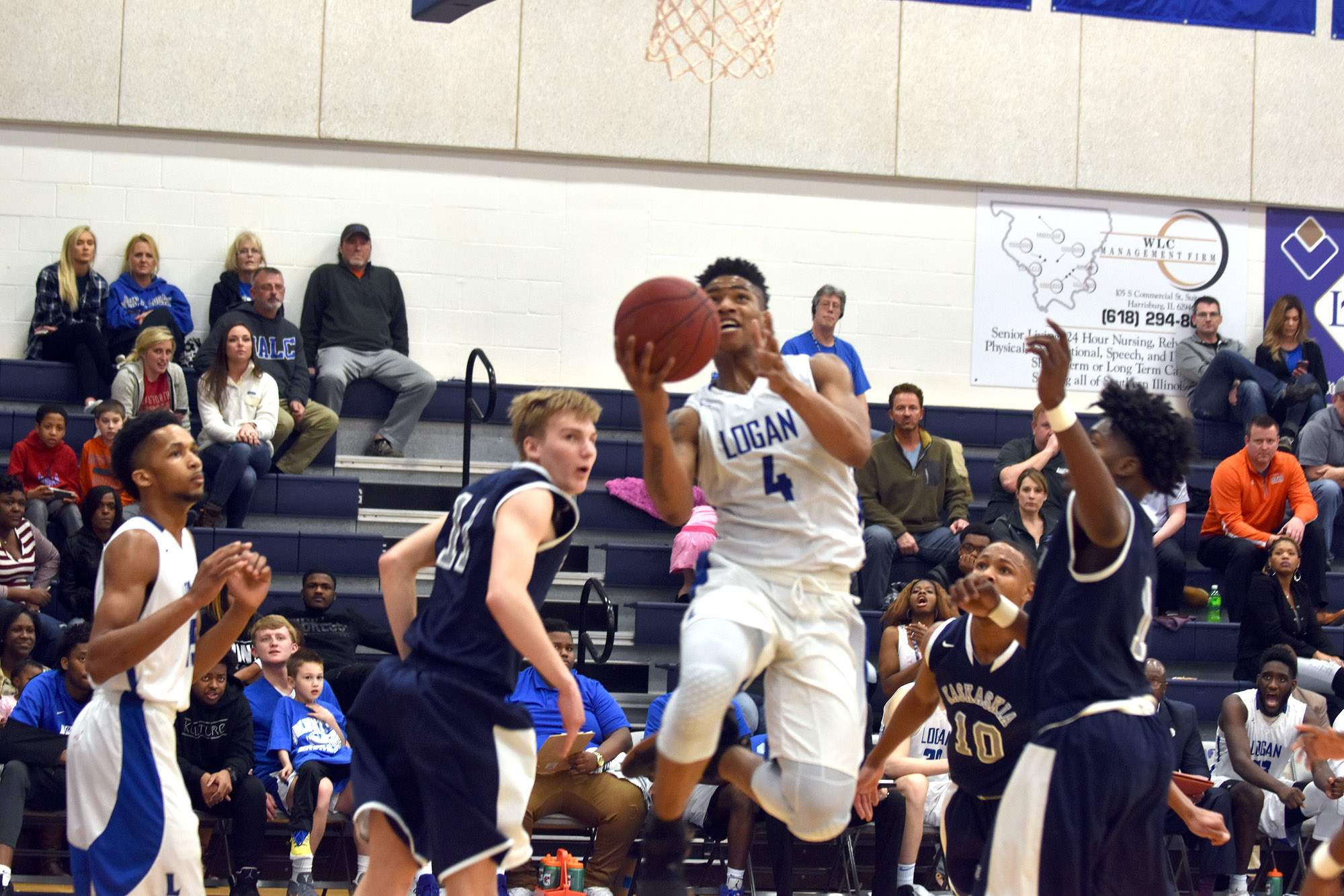 Jaiveon Eaves goes to the basket Friday night.