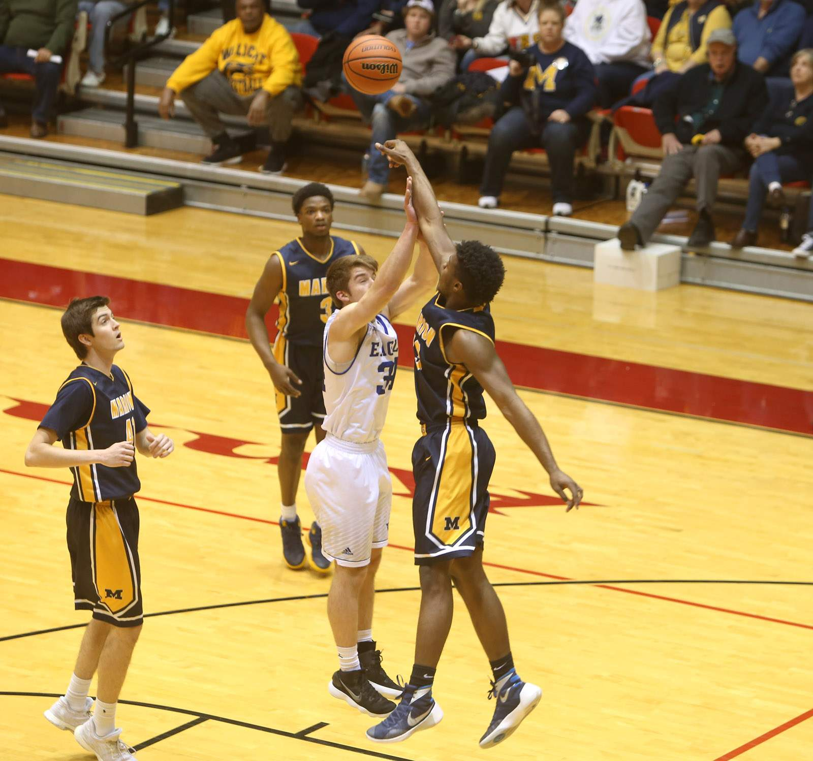 Terrell Henderson blocks a shot.