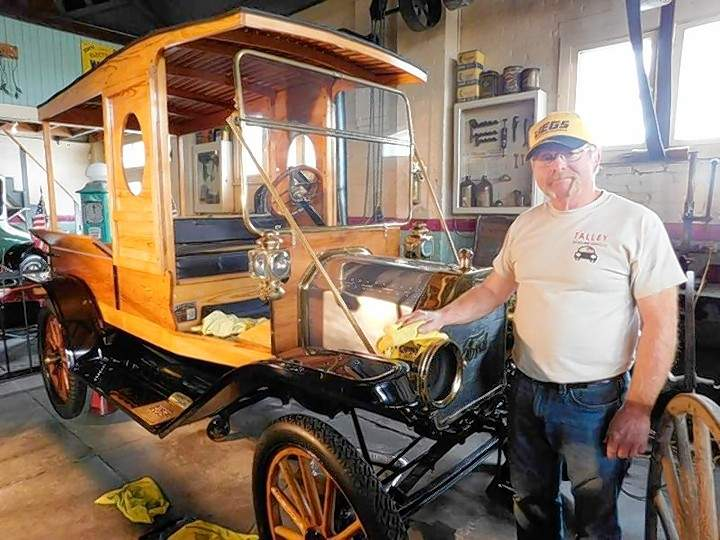 Red Talley of Benton is charged with detailing the 1912 Huckster that once belonged to Charlie Birger. The car is among several on display at the Franklin County Garage 1910 Museum.