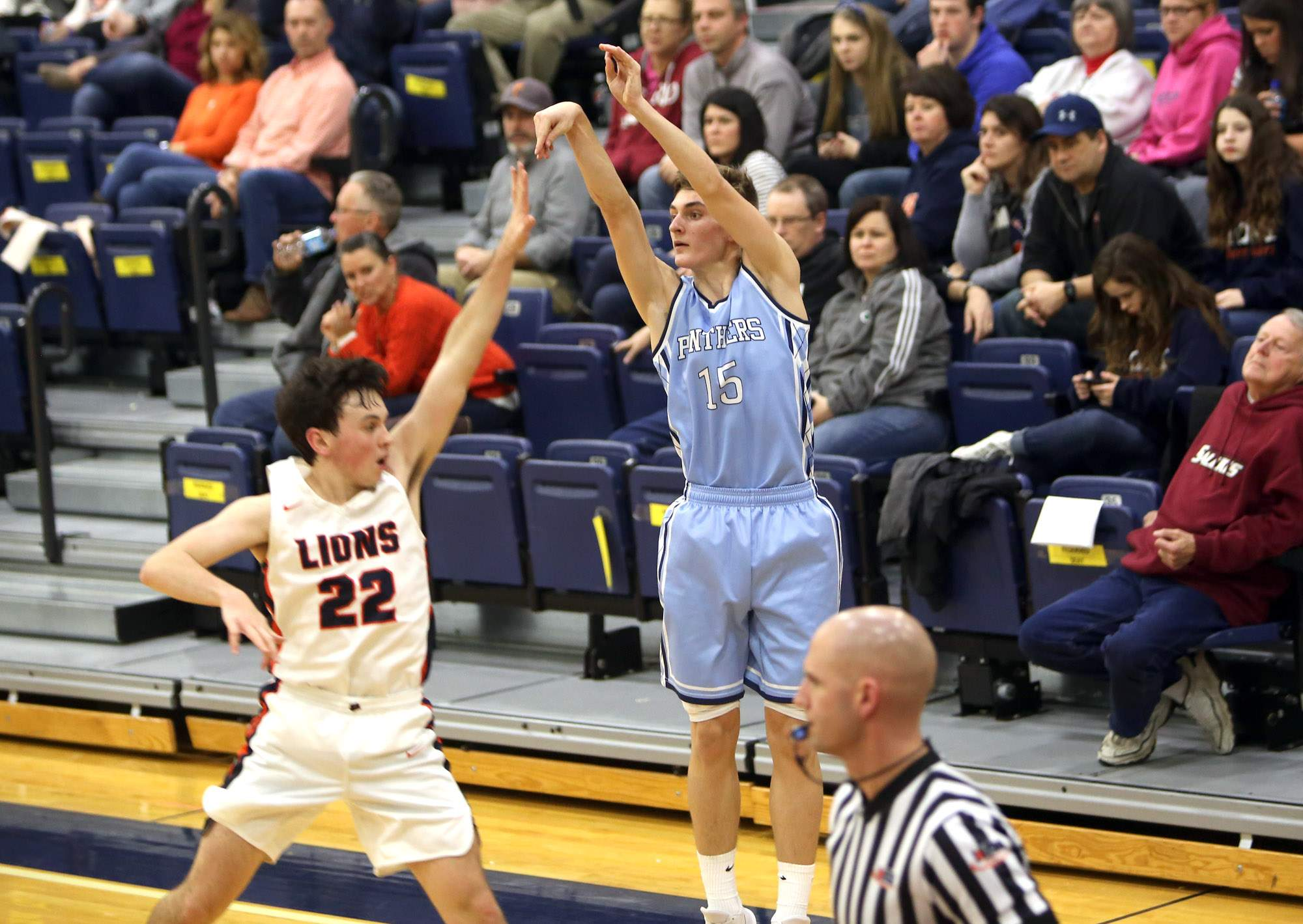 Pinckneyville senior Kelton Linze hits a 3-pointer in Friday night's win against Carterville.