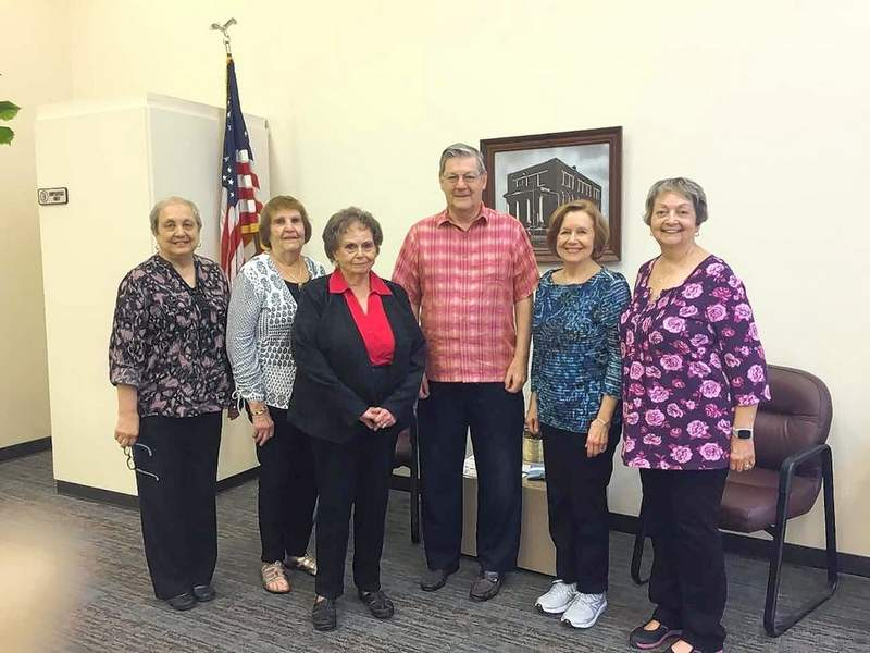 Pictured are a few members of the Friends of Herrin City Library. They are from left: Cathy Brandon, Charlotte Delaney, Marlene Koerner, Nick Jones, Bonnie Franklin, and Sue Cravens.