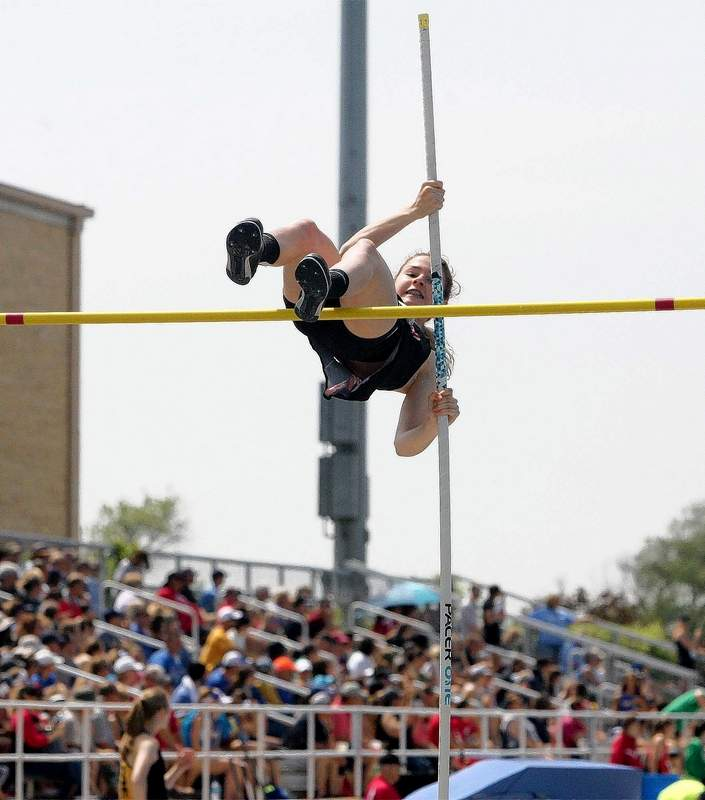 Du Quoin's Jaylnn Wood competes in the pole vault during Thursday's prelims.