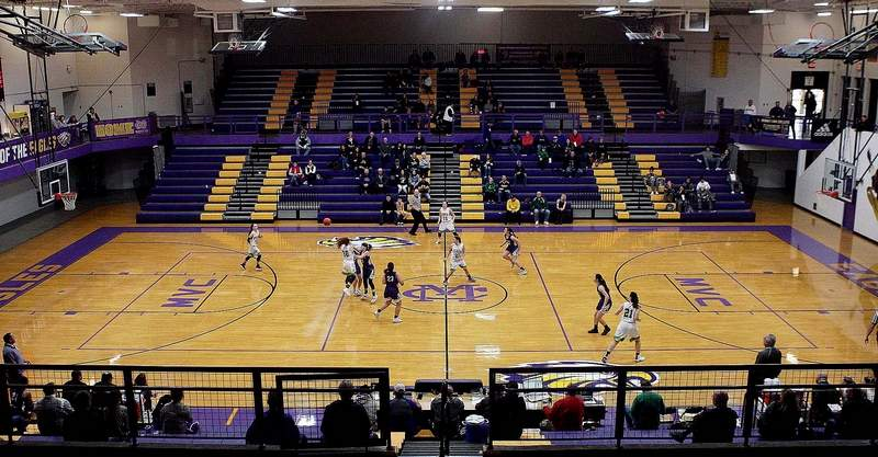 The Harrisburg High School basketball team will make a return trip to Civic Memorial High School to play in a Shootout in December.