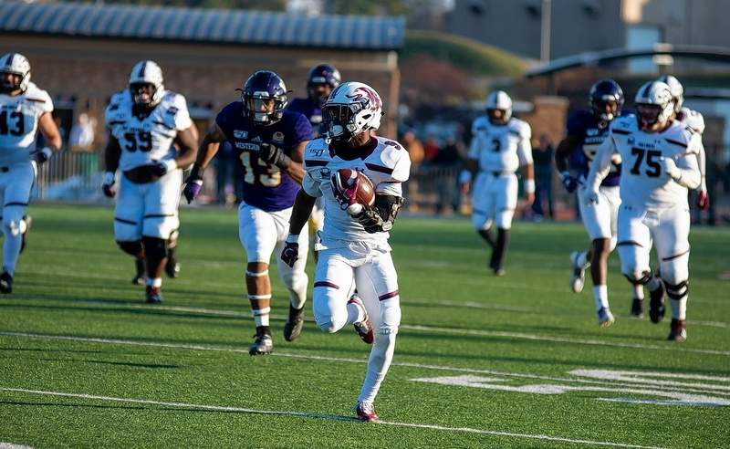 SIU's D.J. Davis gained 208 yards (a career high) and scored two touchdowns in the Salukis' win over WIU last weekend.