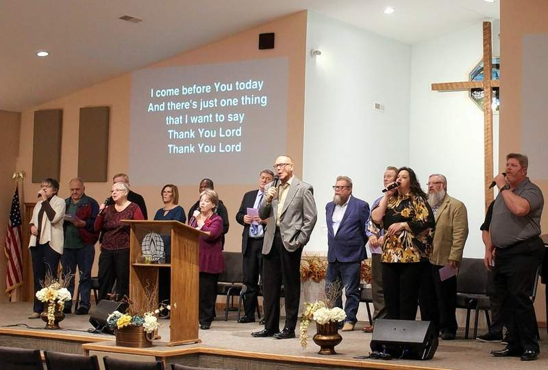 """Liberty Church's musicians lead a Song of Praise, """"Thank You, Lord!"""""""