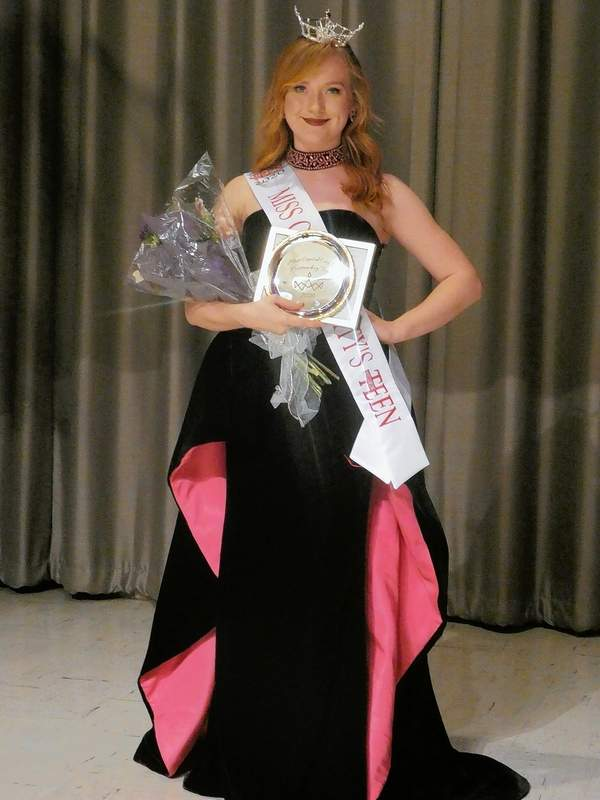 Marion's Victoria Shore was crowned Miss Capital City's Outstanding Teen 2020 on Saturday in Springfield.