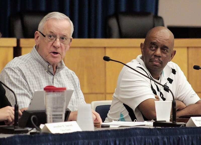 Mayor Mike Henry and Carbondale Park District Board President Carl Flowers appear at a joint meeting held last fall.