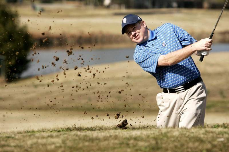 Harrisburg's Britt Pavelonis will be one of 40 pros taking part in this weekend's Irvin Cobb Championship at Paxton Park Golf Course in Paducah, Ky.