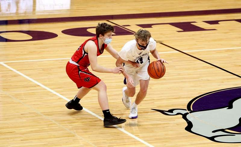 Andrew Bittle finished with 11 points against Du Quoin in a non-conference game Saturday night in Harrisburg.