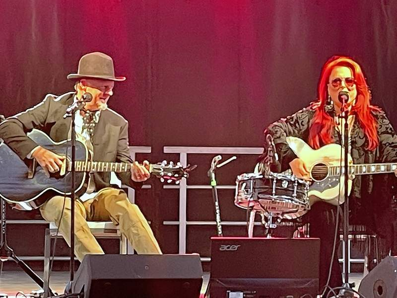 Wynonna Judd and her husband, Cactus Moser, perform as Wynonna and Cactus for a crowd at Saline County Fairgrounds Wednesday night.