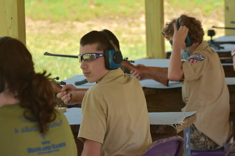 Justin Horn prepares for the rifle shooting event.